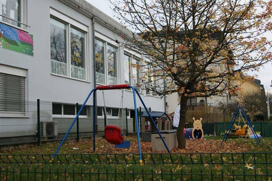 Kideaz kids 39 ville anniversaires et aire de jeux au for Piscine au luxembourg