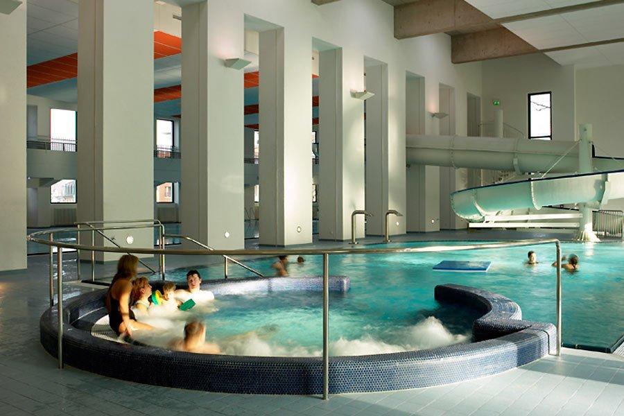 Kideaz les bains du parc piscine esch sur alzette au for Piscine au luxembourg