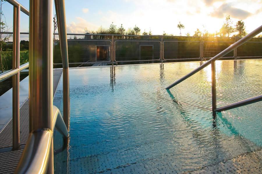 Anniversaire piscine strassen rabobankcentraaltwente for Piscine strassen