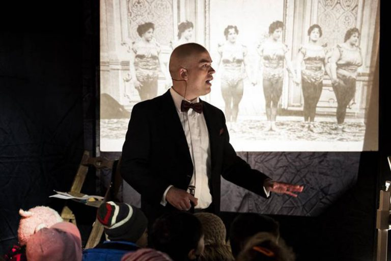 Crazy cinématographe for kids –        Crazy cartoon circus