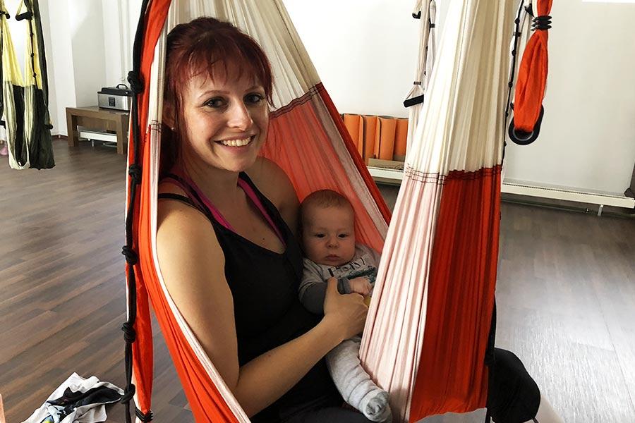 kideaz aeroyoga luxembourg seance maman bebe