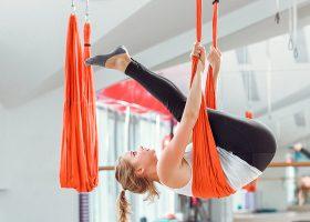 kideaz yoga aerien femme sport aeroyoga