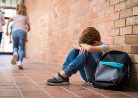 kideaz enfant seul harcelement scolaire
