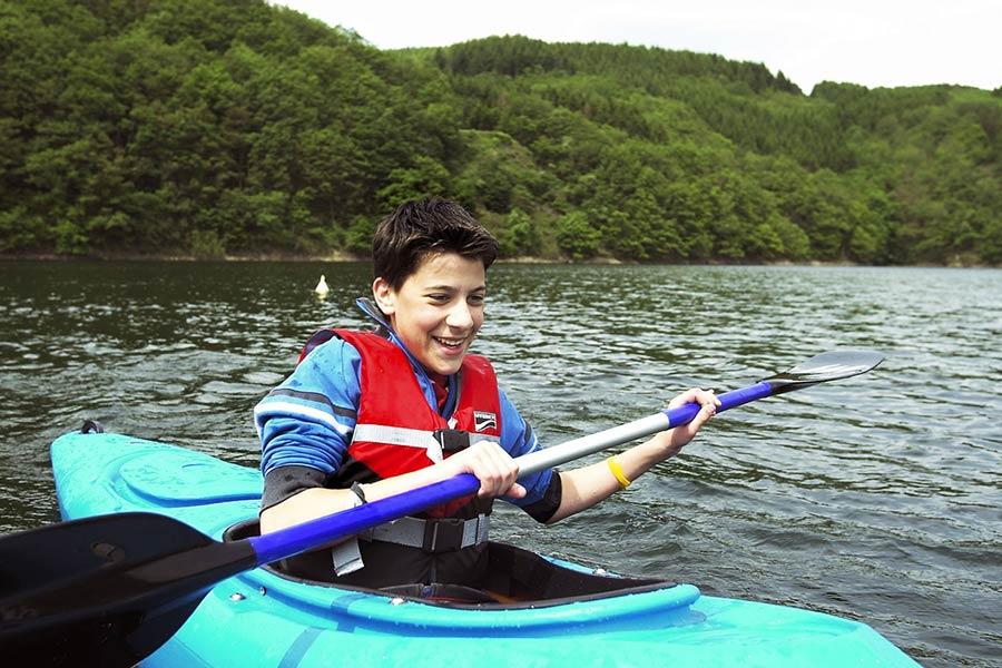 activite canoe kayak garcon