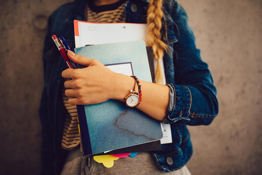kideaz rentree scolaire enfant fournitures cahier ecole