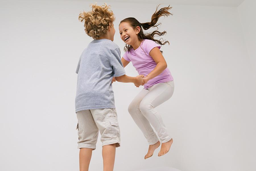 kideaz activite enfants sauter joie