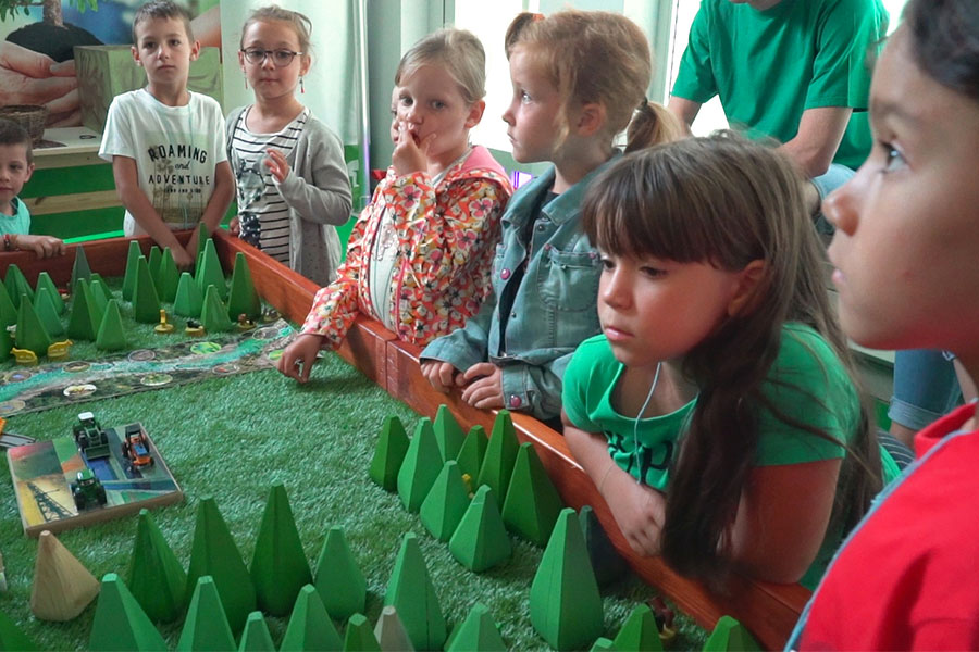 kideaz houtopia visite enfants developpement durable houffalize belgique