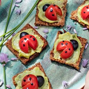 kideaz fun food toast coccinelles femmeactuelle