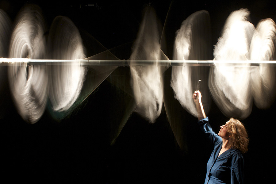 kideaz copyright escher theater ombres electrique spectacle