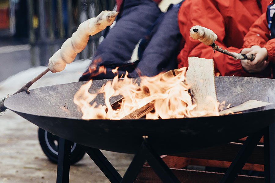 kideaz feu de camp pain