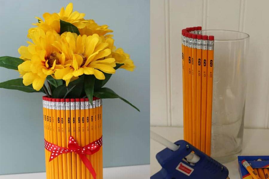 kideaz 5 idées cadeaux maîtresse vase crayon copyright saving dollars and sense