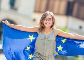 kideaz enfant drapeau europe journees du patrimoine luxembourg