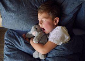 kideaz enfant dormir sommeil bailler dodo
