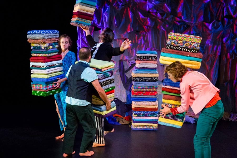 kideaz escher theater frusques spectacle