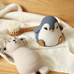 kideaz copyright pall center knud artic bath toys 2
