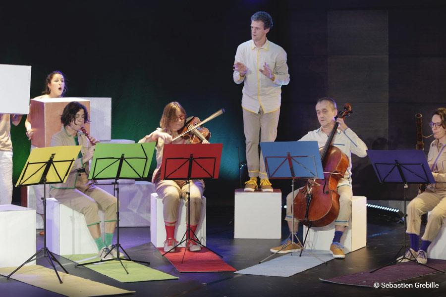 kideaz copyright sebastien grebille escher theater wilhelm b spectacle