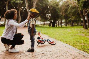 kideaz apprendre faire velo enfant parent casque protection