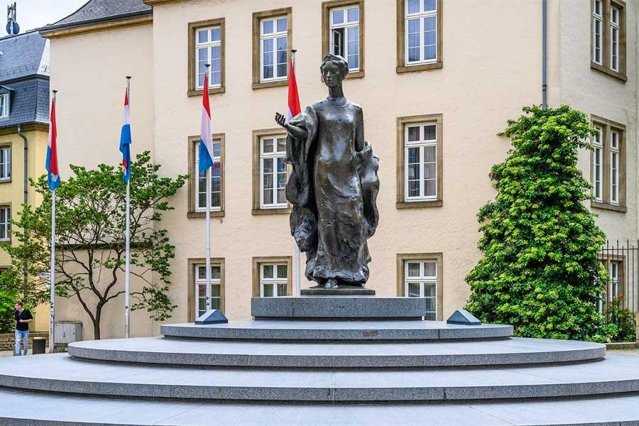kideaz copyright lcto women in Luxembourg