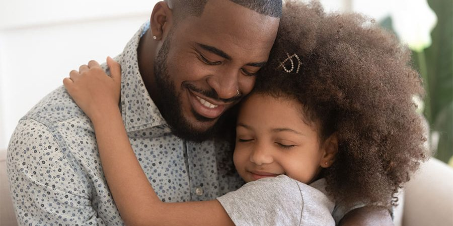 kideaz calin enfant père