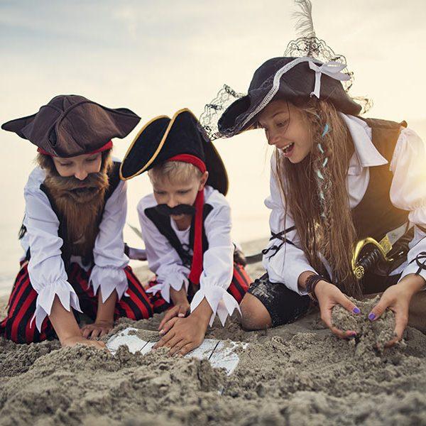 kideaz chasse tresor enfants pirates plage enigme