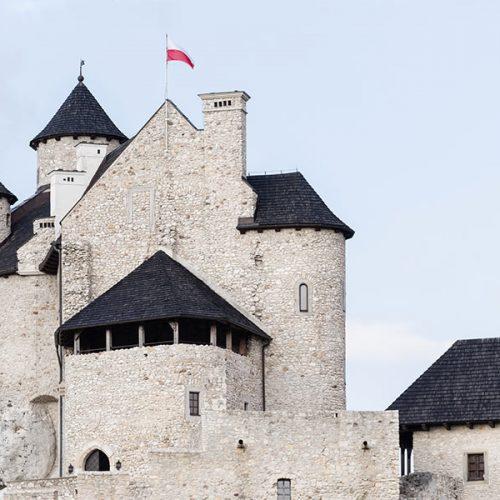 kideaz chateau drapeau pierre