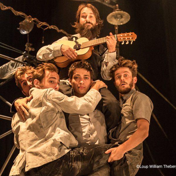 kideaz copyright loup william theberge machine de cirque